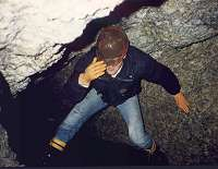 caves2.jpg, 6kB